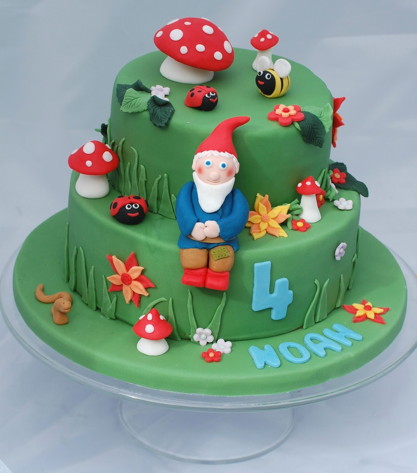 A Birthday Cake for my Boy the Gnomes Garden Vanilla Frost Cakes