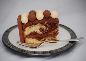 Malteser Cake – Evie's Birthday Part 1