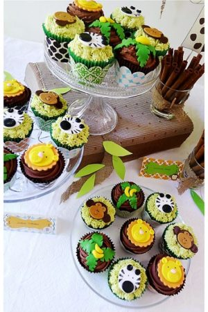 Jungle Cupcakes and Cake Pops