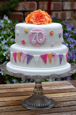 Pretty 70th Birthday Cakes